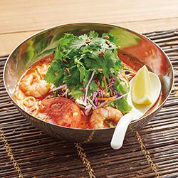 盛岡冷麺トムヤムスープ仕立て